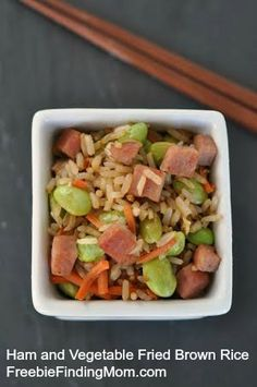 One Pot Meal: Ham and Vegetable Fried Brown Rice - Healthy, low calorie recipe that tastes just as good as takeout!