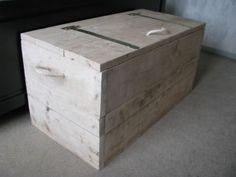 XL Grote houten speelgoedkist / dekenkist / opbergkist.