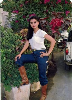Beautiful Bollywood Actress, Beautiful Actresses, Riding Boot Outfits, Poonam Dhillon, Indian Hindi, Justice Clothing, Miss India, Most Beautiful Faces, Bollywood Stars