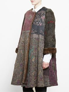 By Walid antique Chinese textile coat Bohemian Mode, Bohemian Style, By Walid, Ladies Coat Design, Clothing Websites, Boho Fashion, Fashion Design, Couture, Refashion