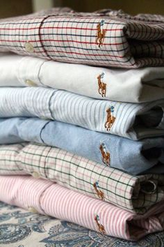 ralph lauren blue label | oxford There is NOTHING more effortlessly classy for work or casual wear than a Ralph Lauren oxford.  I own three: white, pink stripe and yellow stripe, and they are quite possibly the most well loved bits of my wardrobe.