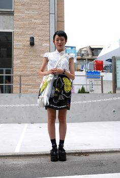 guess this is #tokyo's version of a refinery29 sassy librarian; creepers = comey's. #streetstyle