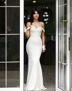 Wonderful Perfect Wedding Dress For The Bride Ideas. Ineffable Perfect Wedding Dress For The Bride Ideas. Classy Wedding Dress, Dream Wedding Dresses, Bridal Dresses, Wedding Gowns, Bridesmaid Dresses, Prom Dresses, Elegant Wedding, Wedding Ceremony, Satin Mermaid Wedding Dress