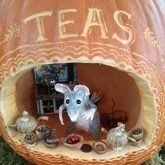 Pumpkin Diorama: Tea Shop Mouse Dollhouse