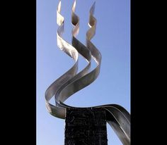 Transitions metal sculpture by Jon Allen