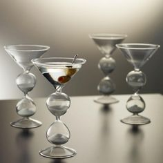 the perfect Martini Glasses for the New Years Eve countdown....; martini Sandtimer cocktail glasses