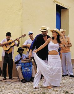 Enjoy Havana's street music and experience art and culture in a complete new way! Netssa.com #insightCuba #travel