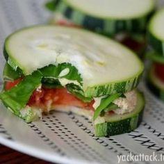 Mini sandwiches de pepino