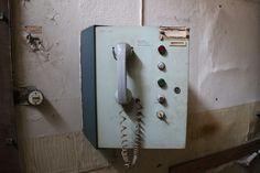 Momentaufnahme | #lostplaces #telefon http://momentaufnahme.org/