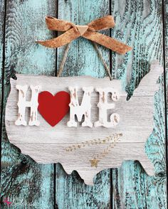 An easy craft tutorial for how to create United States home string art sign to display all of the locations you've lived over the years. MichaelsMakers  Positively Splendid