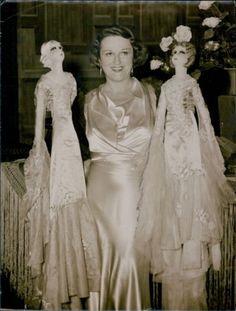Vintage 1934 French Actress Alice Delysia Boudoir Dolls Glamour Fashion Photo | eBay