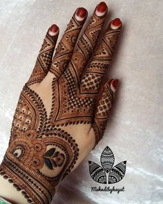 """Remember this design , OH! Yeasssss this one is My one of favourite ❤ """"Never be in a rush to Grow , The process is the most important part. And All the Error and trails are key to success"""" To purchase our product ( henna cones and henna powder) Email : Palm Mehndi Design, Indian Mehndi Designs, Henna Art Designs, Mehndi Designs 2018, Mehndi Designs For Beginners, Modern Mehndi Designs, Mehndi Design Pictures, Mehndi Designs For Girls, Wedding Mehndi Designs"""
