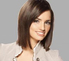 Maximal Brunette Bob Haircut For Modern Women 43 Medium Short Hair, Medium Hair Cuts, Medium Hair Styles, Short Hair Styles, Medium Hairs, Medium Long, Bob Hairstyles For Round Face, Short Hairstyles For Women, Active Hairstyles