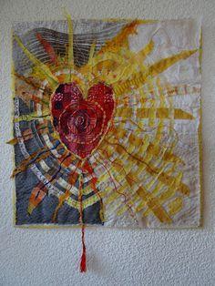 fiberrainbow: outdoors and indoors - Textilkunst - Crazy Quilting, Mini Quilts, Fabric Postcards, Textile Fiber Art, Fiber Art Quilts, Boro, Sewing Art, Heart Art, Fabric Art