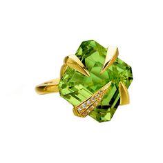 TITO PEDRINI  Artigli One Of A Kind      Made To Order. Shown As Peridot And Diamonds Set In 18 Karat Yellow Gold