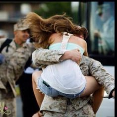 Untill they all come home. Proud Navy Girlfriend, Military Girlfriend, Military Couples, Military Love, Military Soldier, Homecoming Pictures, Homecoming Ideas, Military Relationships, Relationship Goals