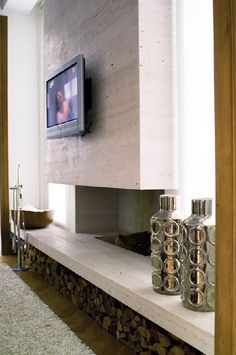 concrete fireplace in minimal style Wooden Fireplace, Fireplace Hearth, Home Fireplace, Fireplace Remodel, Fireplace Surrounds, Fireplace Design, Concrete Fireplace, Concrete Interiors, House Rooms