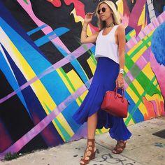 Nati Vozza do Blog de Moda usa saia midi em Miami e arrasa no look do dia!