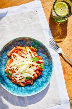 Quesadilla, Bologna, Mozzarella, Ethnic Recipes, Kitchen, Finger, Street, Food, Cooking