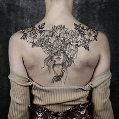 Impressive Back Tattoo Designs That Are Cool Masterpieces - Page 49 of 200 - CoCohots Pinup Tattoos, Sexy Tattoos, Cute Tattoos, Body Art Tattoos, Small Tattoos, Girl Tattoos, Tatoos, Woman Body Tattoo, Chicano Tattoos