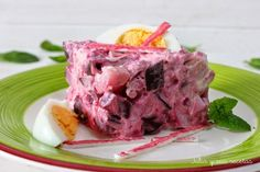 Ensaladilla de remolacha, surimi y patata   Cocinar en casa es facilisimo.com