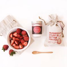 This decadent double #moisturizer is ready to bring ultra hydration to your #weekend! With live strawberry cells and nourishing aloe, Strawberry Sweet Cream Smash makes skin soft, dewy and brightly fragrant with a dash of strawberryliciousness. Did we mention mushed-up stuff is good for you? #FriYAY