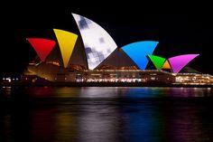 Sydney Opera House, Vivid Sydney 2011 by Flickr user lights+shades.