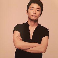 いいね!16件、コメント8件 ― @gen_ayako_のInstagramアカウント: 「. . アイコンの セクシーな星野源 . 色気 漏れてます . 短髪 そそられます . 腕の筋 やばい♡ . 胸元 同じくやばい♡ . ほくろも魅力 . 今 抱かれたい男 NO.1じゃありません?…」