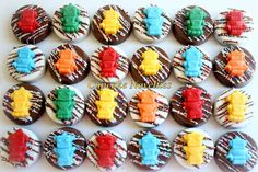 Buy online on Etsy! Delicious custom Chocolate-covered Oreos topped with cute little colorful handmade chocolate robots! Great for a Robot Birthday party dessert or favors, treats for a robot fan, a Robot themed Baby Shower, or any event needing a colorful touch of nuts & bolts! #RobotBirthdayParty #RobotParty #RobotFavors #RobotPartyFavors