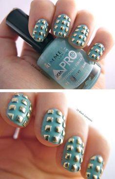 nail-art - gold squares - textured - pew green - nail polish
