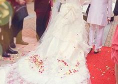 結婚式は、当日1度きり!素敵な瞬間すべてを写真に残せるように、カメラマンさんには事前に必ず「指示書」を作って渡すのが肝心*