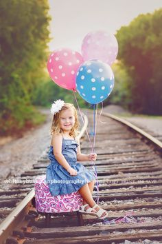 3 year old birthday pictures » Whitney Bushman Photography