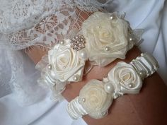 Ivory Bridal Garter, White Wedding Garter, Bridal Lace, Wedding Accessories, Wedding Day, Tape Measure, Thigh, Handmade, Etsy Shop