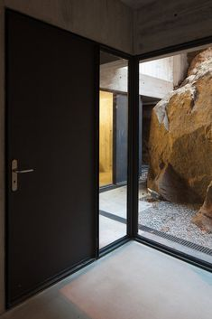 Gallery of Oh!Porto Apartments / Nuno de Melo e Sousa + Hugo Ferreira Arquitectos - 4