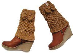 Cute leg warmers with bow in cinnamon