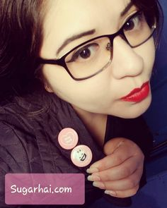 wearing sugarhai buttons! Grunge Girl, Creepy Cute, Pastel Goth, Grunge Fashion, Fashion Photo, Kawaii, Buttons, Photo And Video, Makeup