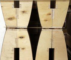TEHDÄÄN HYVIN | HANDMADE QUALITY  Työvaihe: Käsinojan valmistus | Craft: Armrest assembly  Tuotantolinja: Sohvat | Production line: Sofas   #pohjanmaan #pohjanmaankaluste #käsintehty