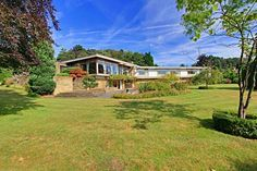 1960s Elsworth Sykes-designed Garth House midcentury modern property in North Ferriby, East Yorkshire