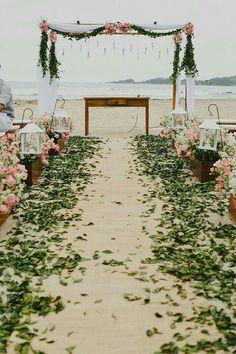 17 Sweet and Romantic Backyard Wedding Decor Ideas Wedding Ceremony Ideas, Romantic Wedding Receptions, Wedding Arch Rustic, Romantic Weddings, Wedding Events, Beach Weddings, Outdoor Weddings, Elegant Wedding, Beach Ceremony