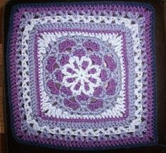 Velvet and Lace Square: free pattern