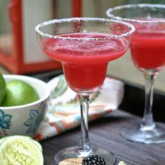 This healthy blackberry margarita is full of fresh and juicy blackberry flavor!