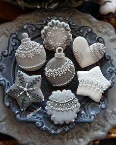 Lembrancinhas de Natal: 90 ideias simples, baratas e criativas (DIY) Cute Christmas Cookies, Christmas Sweets, Christmas Cooking, Holiday Cookies, Holiday Baking, Christmas Desserts, Reindeer Cookies, Christmas Favors, Christmas Presents