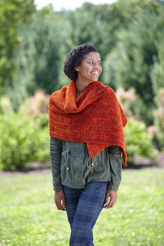 Wrap yourself up in the cozy Eliska Shawl! It uses an easy-to-knit chevron garter stitch pattern for a relaxing pattern that really shows off hand-dyed yarns.