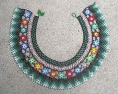 Inspiriert von Saraguro - Natalie S - Picasa Web Albümleri Beaded Necklace Patterns, Jewelry Patterns, Bead Patterns, Diy Jewelry, Beaded Jewelry, Bead Necklaces, Shops, Loom Beading, Beaded Flowers
