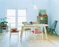 ARC DINING TABLE Maple: テーブル・デスク デザイン家具 インテリア雑貨 - IDEE SHOP Online