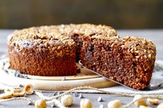 Torta al Cioccolato e Nocciole Senza Farina Chocolate Hazelnut Cake, Flourless Chocolate Cakes, White Chocolate, Raspberry Coffee Cakes, Buckwheat Cake, Italian Cake, Pinterest Recipes, Savoury Cake, Clean Eating Snacks
