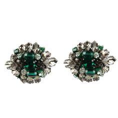 Emerald and silver blast earrings.  #Rada #boomandmellow #vintage #jewellery  #earring #earrings #jewels #accessories #accessory #artistic #pretty #italian #gem