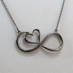 Sterling Silver Black Infinity Heart Necklace. TrådsmyckenHandgjorda Smycken TrådarbetenTrådsmyckenKopparRingarSmycken 35211030945ef