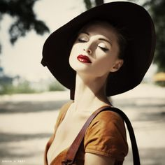 Leisure Class / Fashion - Beauty  Photographer: Dasha and Mari / http://strkng.com/s/1yh  Ukraine / Kiev    #Fashion___Beauty #Ukraine #Kiev #bestof #international #contemporary #photography #strkng #picoftheday