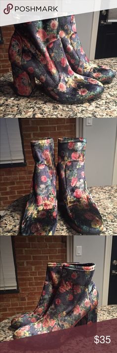 Abound Floral Ankle Sock Block Heel Boots These cuties I found at a store that I love to shop for new items and it's not my size but I thought someone on here might appreciate these.   Size 9 New without tags Floral Velvet Pattern Open to offers 💕☺️ Abound Shoes Ankle Boots & Booties
